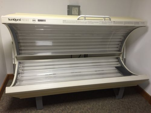 SunQuest Pro 24S Wolff System Tanning bed