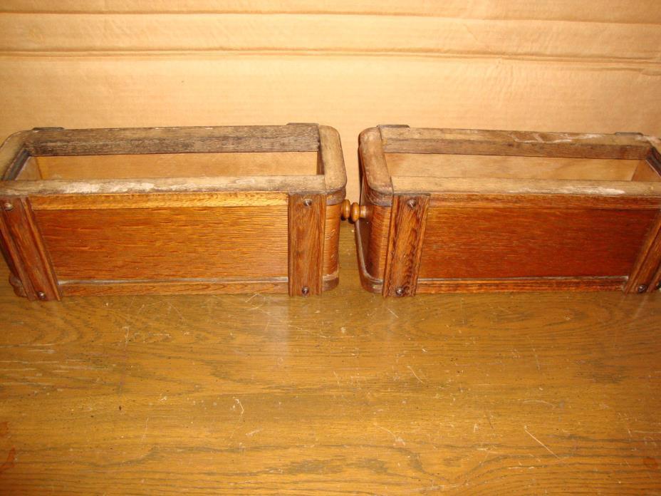 Antique  Singer Sewing Machine  2 Drawers ,Racks