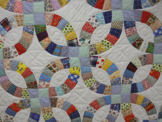 Never Used!  Great Gift.   Double Wedding Ring Quilt.  With Provenance.
