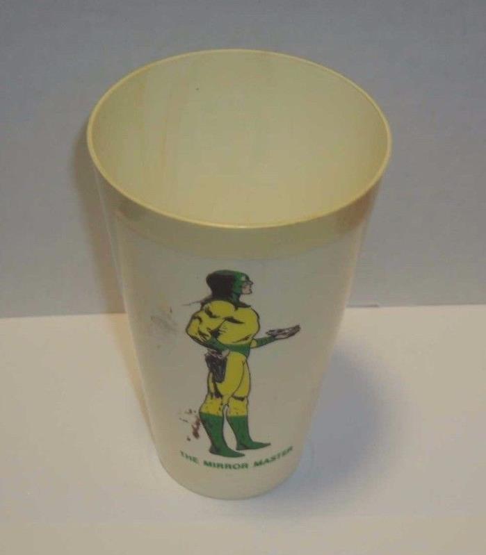Vintage 1973 THE MIRROR MASTER 7Eleven Plastic USA Amoco Cup, THE FLASH