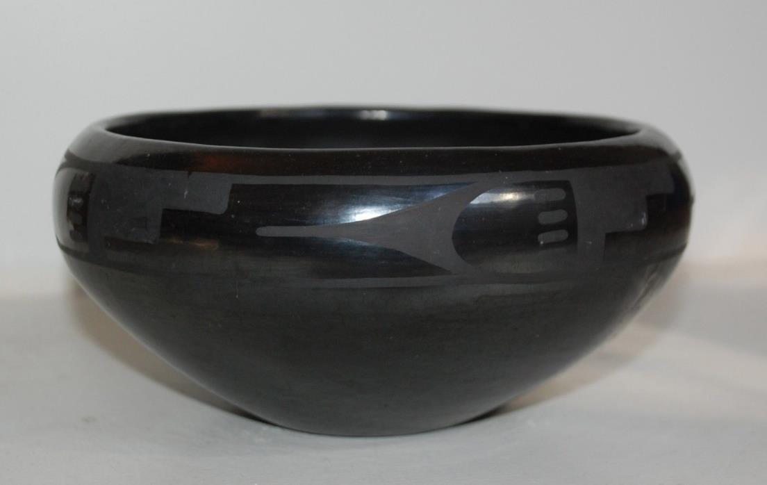 Maria Martinez Black Pottery Bowl 1920s