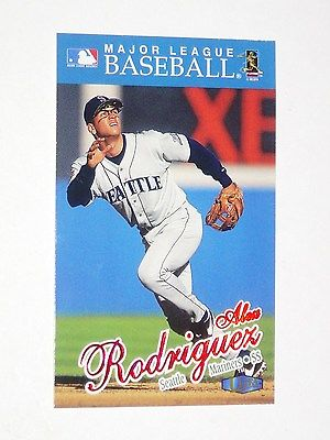 1997   FLEER  ALEX RODRIGUEZ BASEBALL CARD  (RARE)