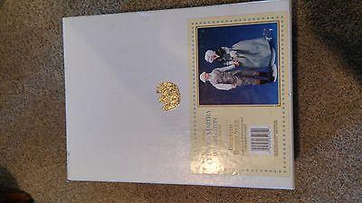 George & Martha Washington Porcelain Doll Set-US Historical Society MINT IN BOX