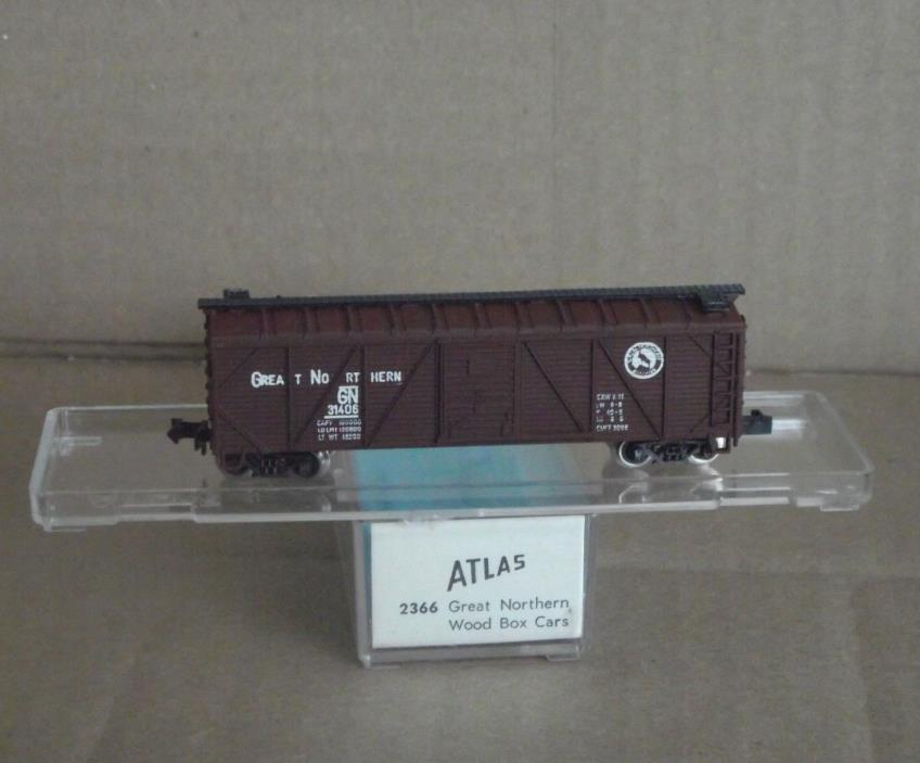 Atlas Great Northern Wood Boxcar