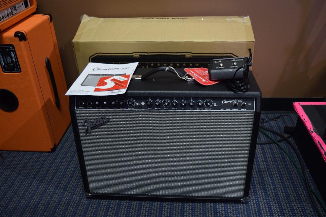 Fender Champion 100 Electric Guitar Amp w Box, Manual, Footswitch & Cover
