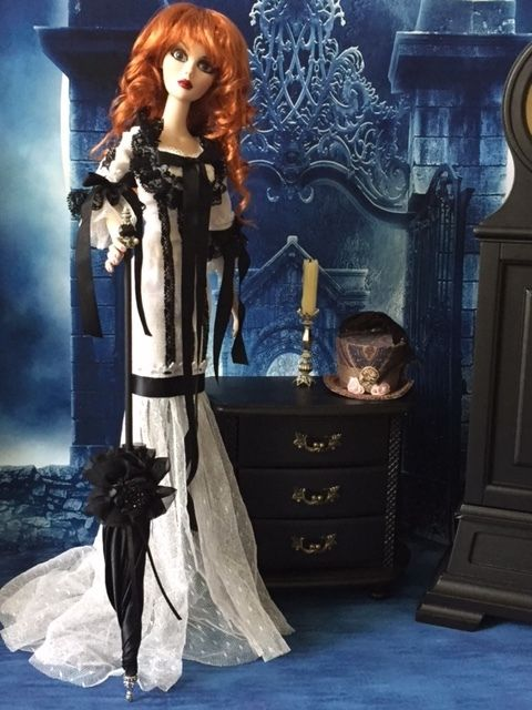Black parasol  for Evangeline Ghastly and friends
