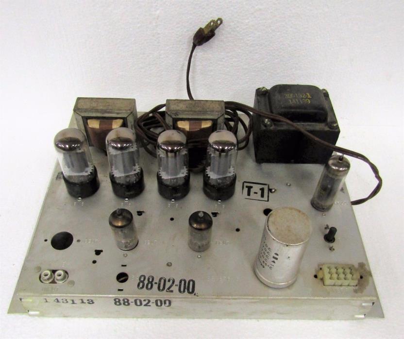 Vintage Magnavox Tube Amplifier 8802