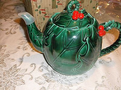Lefton christmas teapot~ MINT