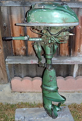 ANTIQUE JOHNSON SEAHORSE 2.5HP OUTBOARD BOAT MOTOR