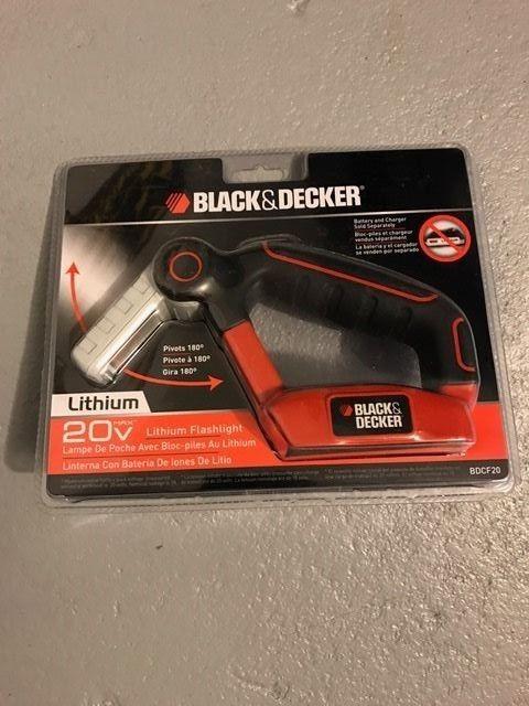 Black & Decker BDCF20 20-Volt Flashlight