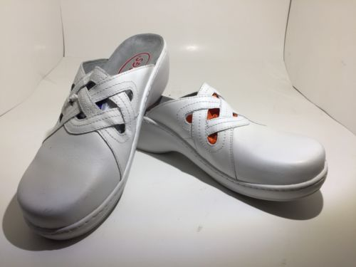 Klogs Clogs Slip Resistant/Non Marking Nursing Shoes White Leather Womens 8M