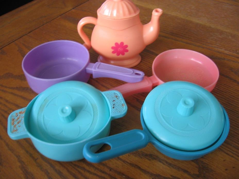 Pretend Play Plastic Kitchen Pots & Pans