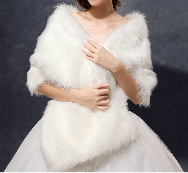 One Size Ivory Bridal Wrap Wedding Cape Faux Fur Shawl Bolero for Wedding Party