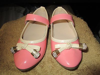 Toddler Girls Pink cute Bow shoes size 6.5/7 New