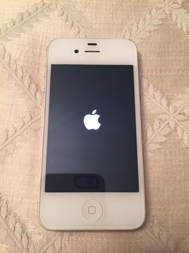 Apple iPhone 4s - 32GB - White (Factory Unlocked) Great Condition