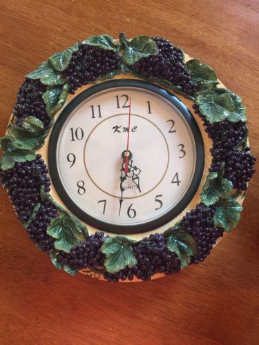 wall clock vintage Grapes