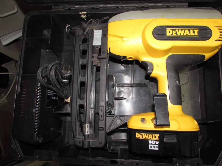 DeWALT DC616K 18V XRP 16G Finish Nailer in Case