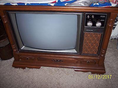 Vintage 1975 RCA XL-100 25