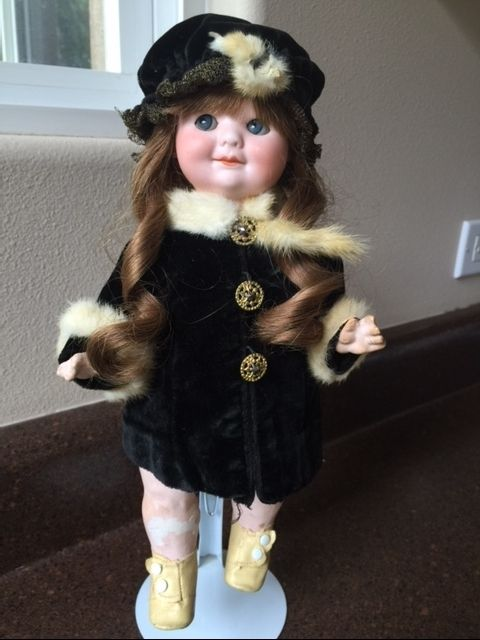 Beautiful Googly - Googlie by Armand Marseille  # 323 great  wig antique clothes