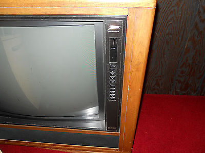 Zenith Stereo Console swivel TV as shown, great picture