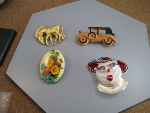 Vintage Brooch Pin Jewelry Lot Gold Zebra Frosty the Snowman Flowers Old Car