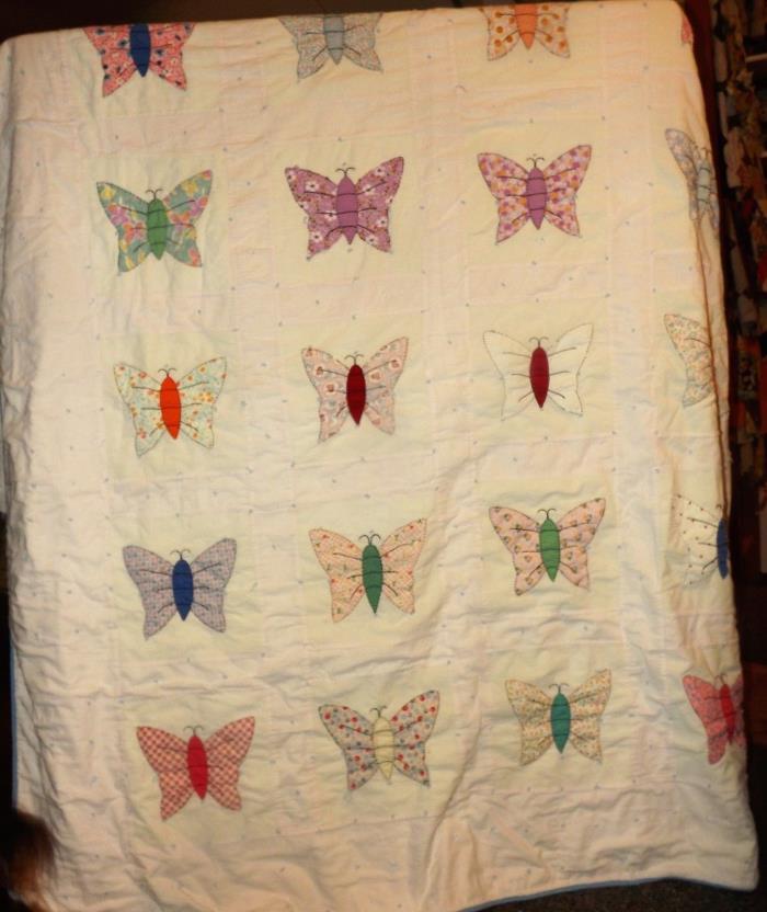 Vintage Quilt Butterflies Applique  70