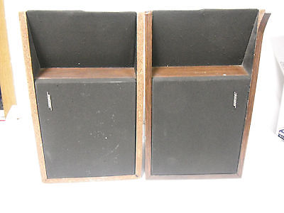 BOSE 201 2 PAIR OF SPEAKERS VINTAGE GREAT WORKING CONDITION