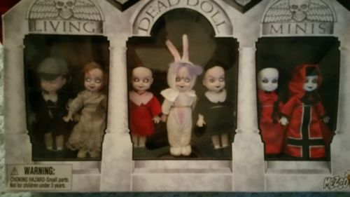 Living Dead Dolls Mini Series 16! Box Set Mausoleum New!
