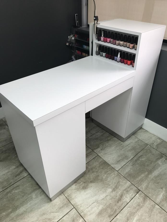 Used manicure table for sale classifieds for Used salon stations for sale