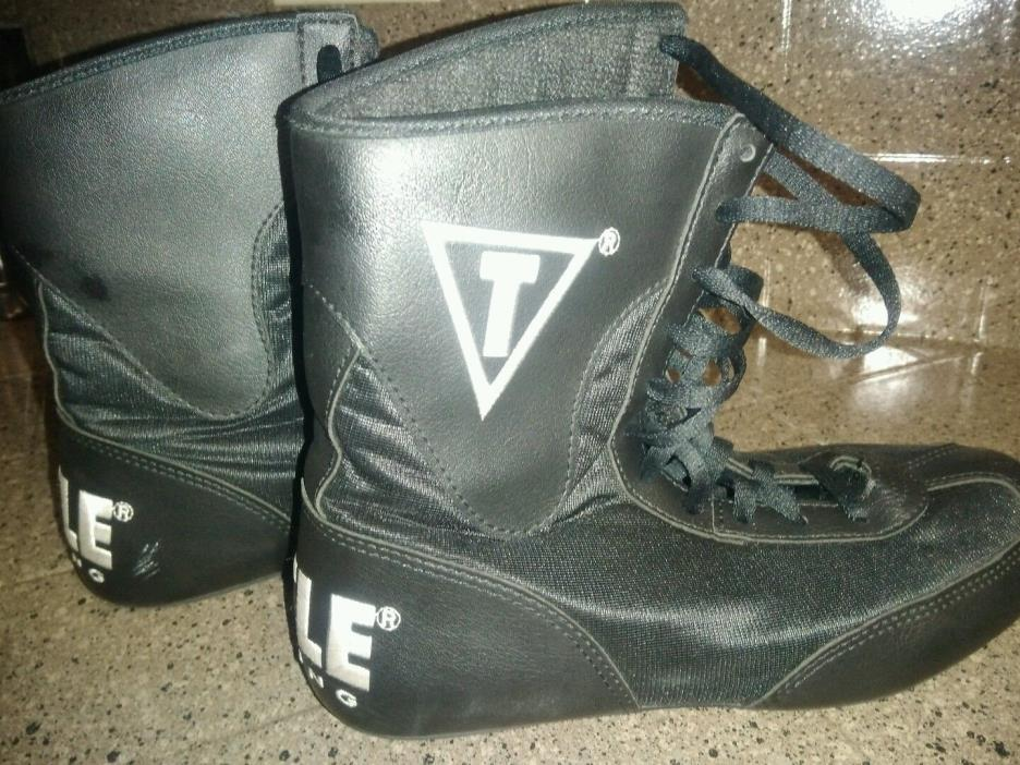 Title Boxing   Flex Shoes Size 4- Black