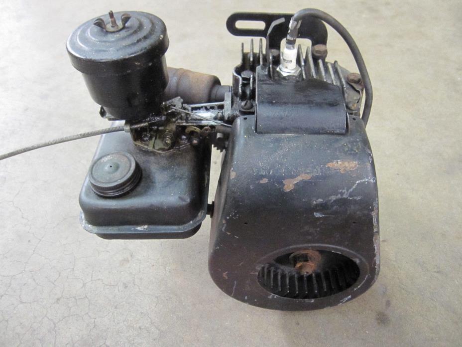 Vintage BRIGGS & STRATTON 6S CLINTON LAUSON Stationary Engine Mini Bike Go Kart