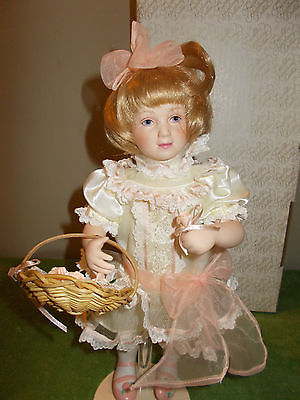 Alicia Gibson Girl Franklin Mint Heirloom 13
