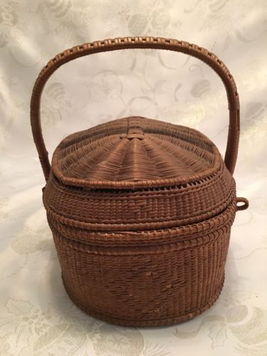 ANTIQUE WOVEN WICKER SEWING BASKET