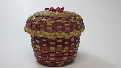 Pretty Small Vtge Native Mi'kmaq Lid Basket Split Ash & Sweetgrass Pink&Natural