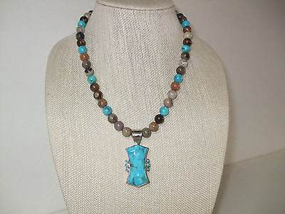 JAY KING  S.S.TURQUOISE / PETRIFIED WOOD BEAD NECKLACE & REVERSIBLE PENDANT