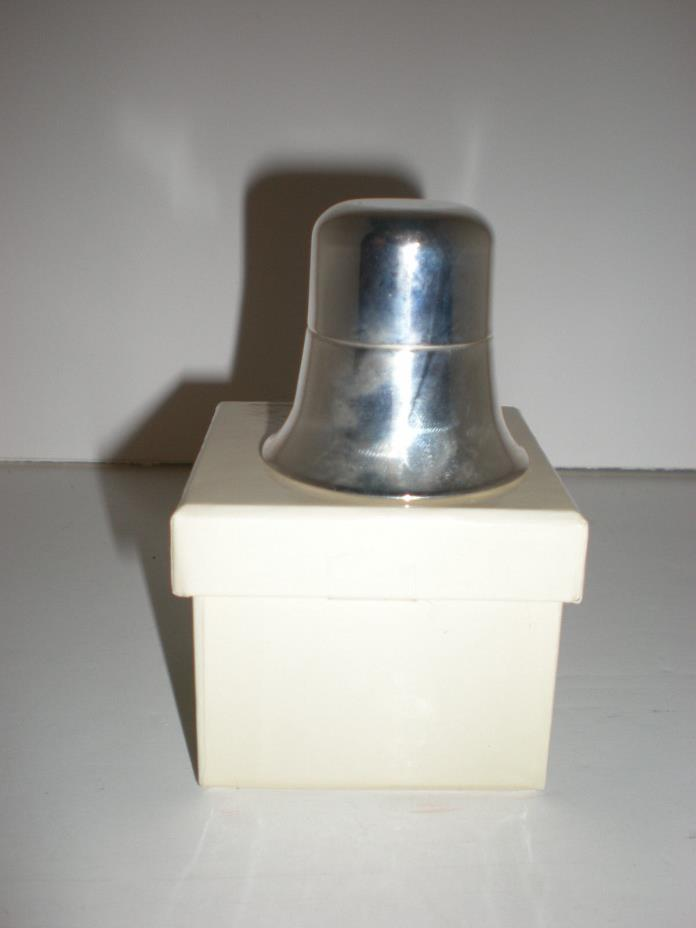SILVER PLATED RING HOLDER