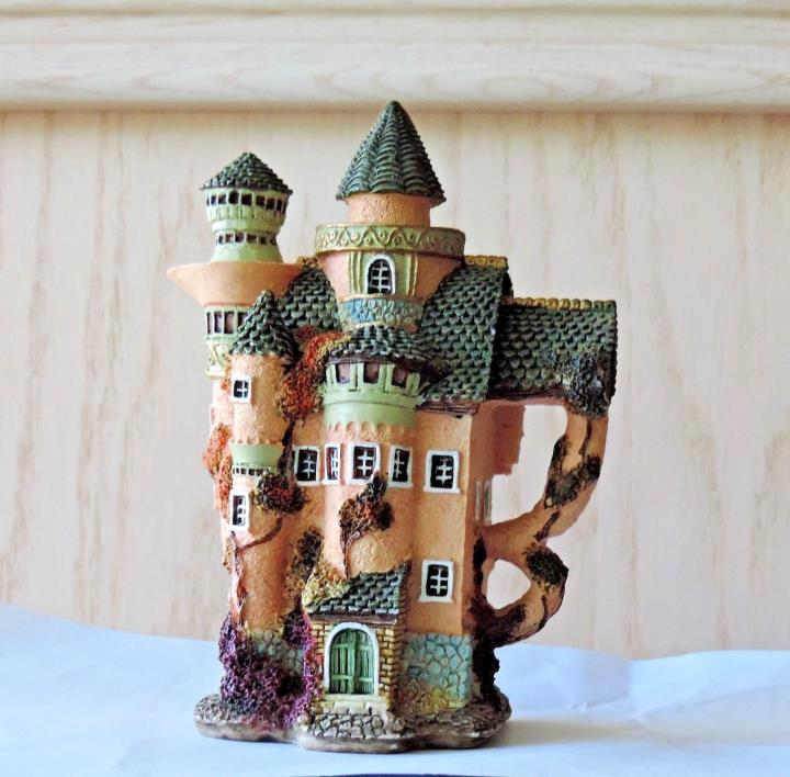 Home Decor teapot cottage statuette