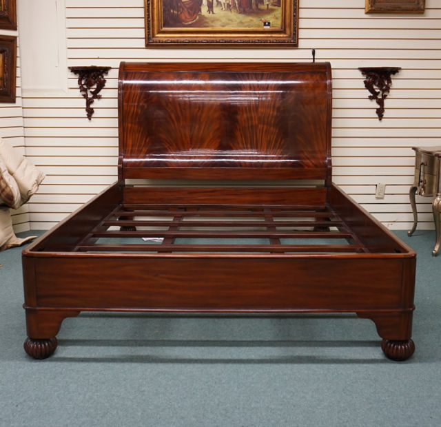 Beautiful Queen size Flamed Mahogany Sleigh bed