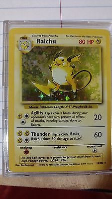 HOLOGRAPHIC RAICHU ORIGINAL 1999 BASE SET 14/102 POKEMON CARD