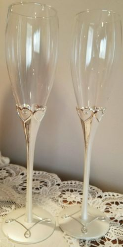 Things Remembered champagne heart toasting flutes (not engraved) Brand New!