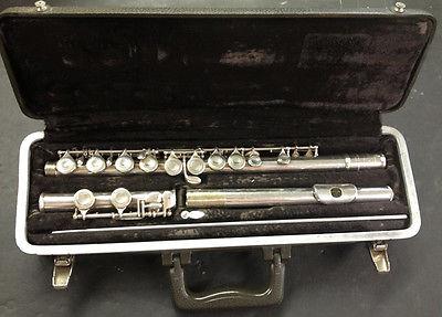 Selmer-Bundy II Nickel Silver Flute w/case