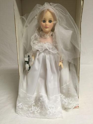 1008 Effanbee 1981 Bride 7501 ROTPCT
