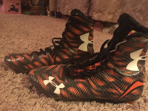Mens Under Armour Football Cleats Size 9