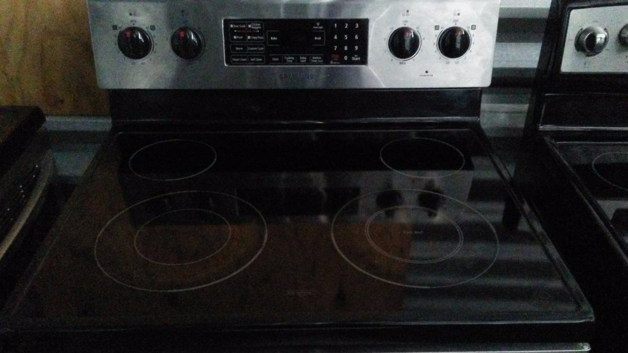 samsung stainless steel range (stove) SKU 4 $300