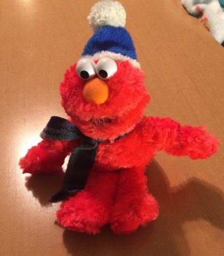 Gund Plush Winter Elmo with Hat and Scarf 10