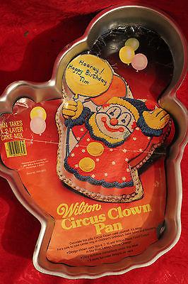B VINTAGE WILTON CAKE PAN / 1982 CIRCUS CLOWN CAKE PAN