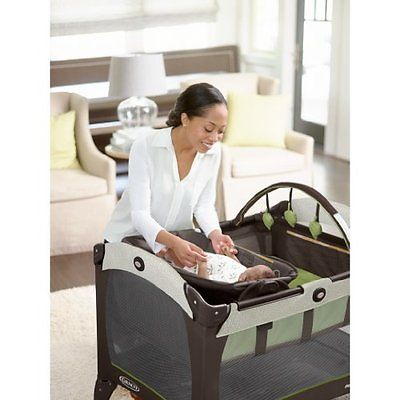 Graco Pack 'n Play Playard with Reversible Napper and Changer, Go Green - New Op