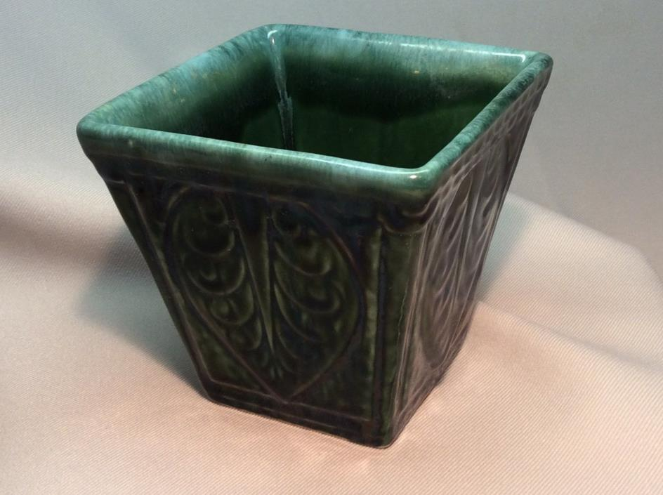 Vintage Hull USA A3 Green Pottery Planter~4