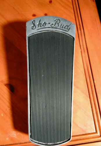 Sho Bud volume pedal for guitar and steel guitar. Vintage and in great shape.