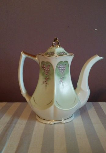Vintage Lefton China teapot
